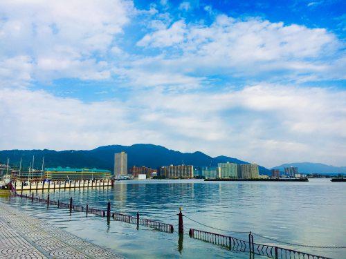 なかなかいい感じ!琵琶湖湖岸の大津港で散歩